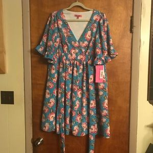 Betsy Johnson Floral Printed Bell Sleeve Dress